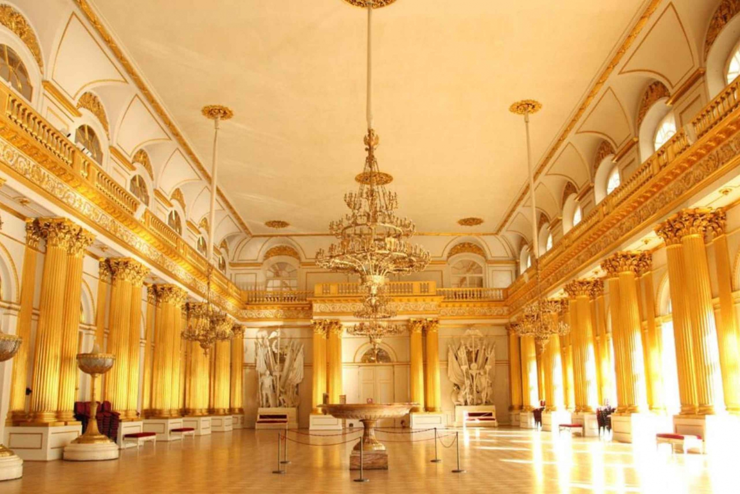 Private One-Day Tour: Treasures of St Petersburg