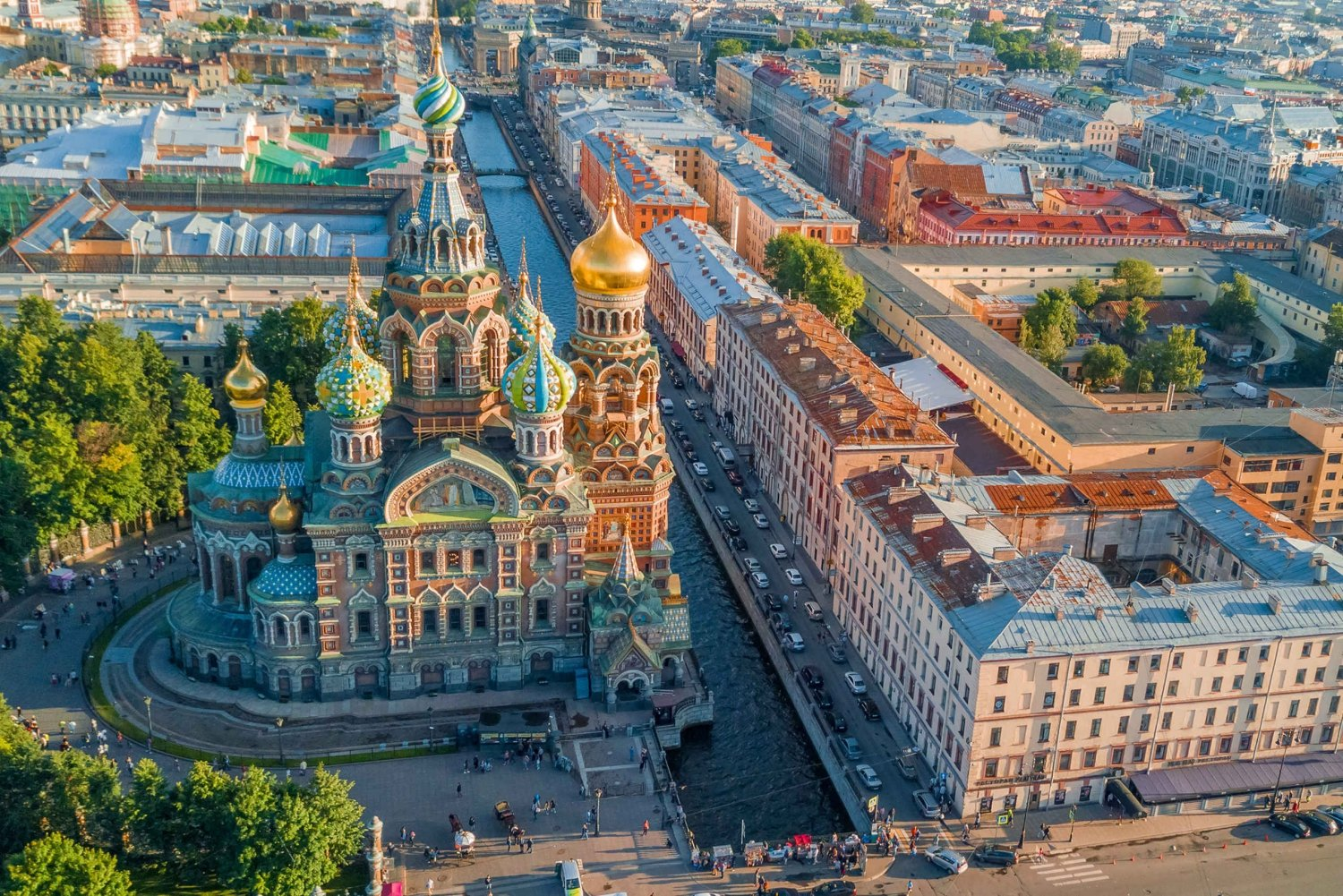 Saint Petersburg without a Visa: 2-Day Essentials Tour