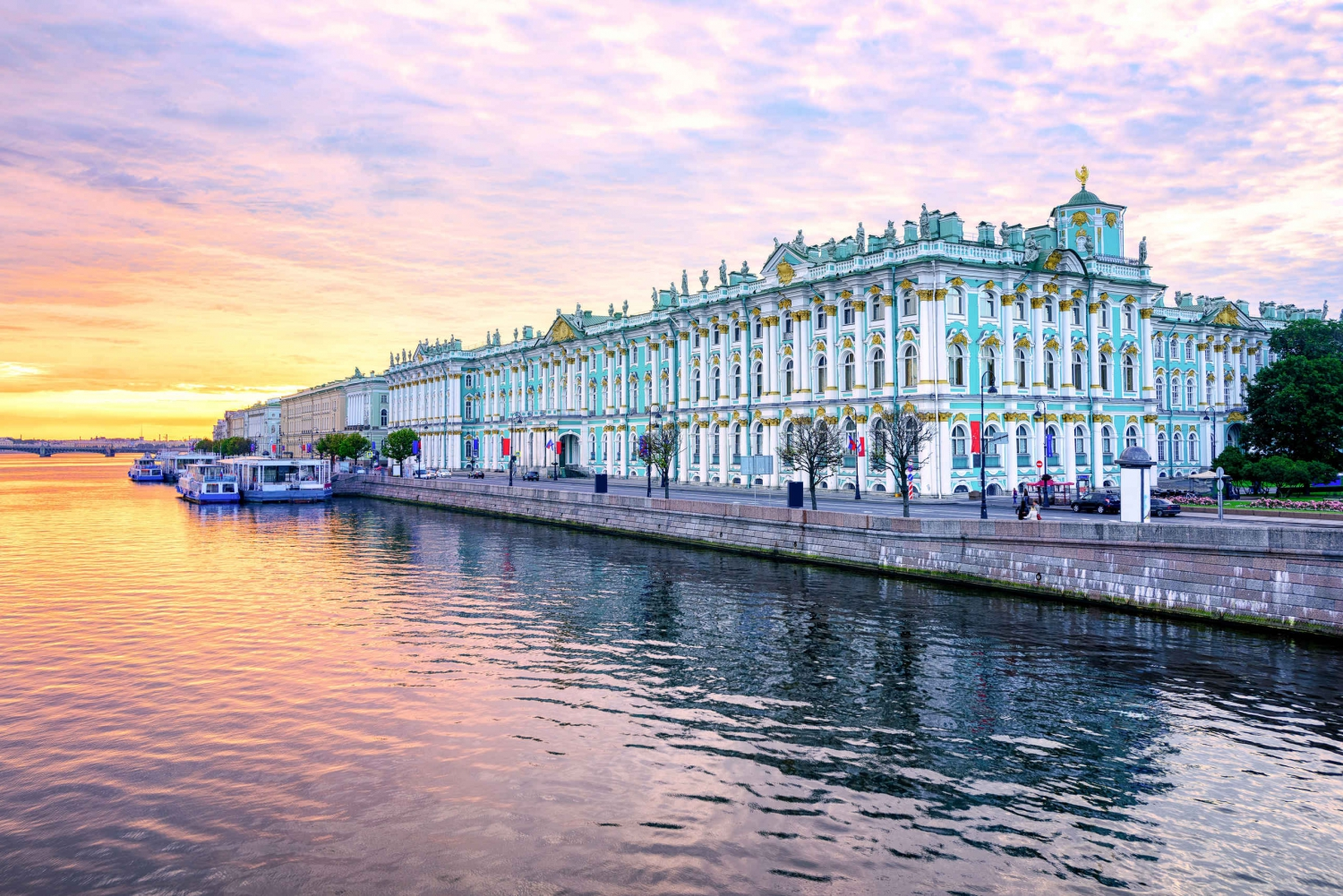Skip the Line: Hermitage Museum Private Walking Tour