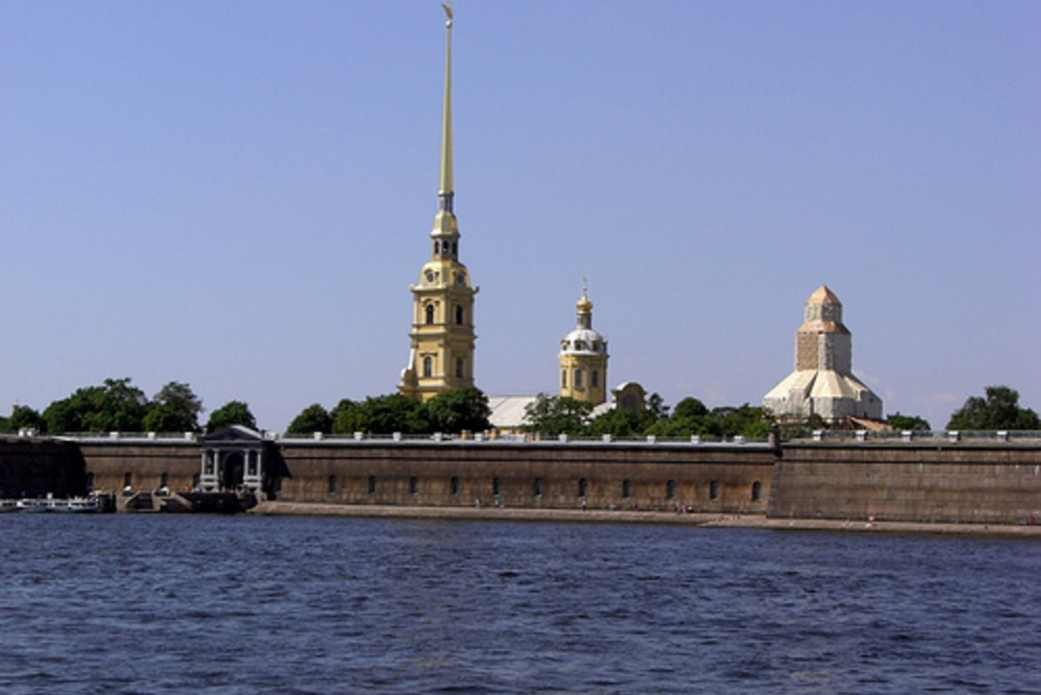 St. Petersburg: 5-Hour City Tour with Cathedral Visits