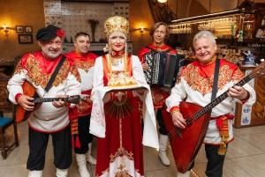 St. Petersburg: Evening Walking Tour with Vodka Shots