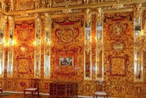 St. Petersburg: Full-Day Imperial Residences Private Tour