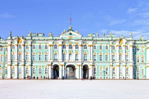 St. Petersburg: Hermitage Museum Skip-the-Line Private Tour