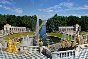 St. Petersburg: Hydrofoil to/from Peterhof
