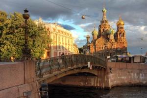 St. Petersburg: Morning Kayak Tour in the Historic Center