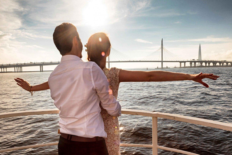 St. Petersburg: Neva River & Gulf of Finland w/ Audio Guide
