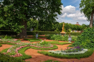 St Petersburg: Peterhof Museum Park Ticket and Audioguide