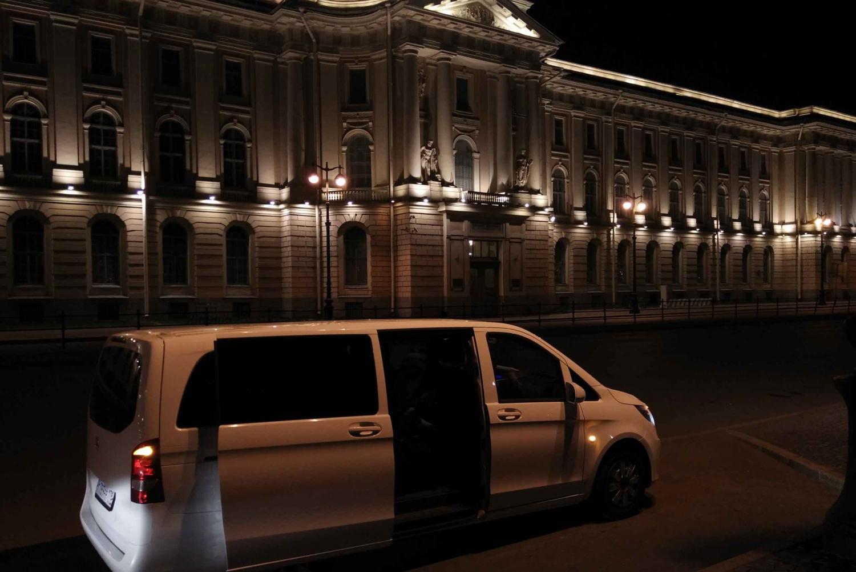 St. Petersburg: Private Hotel Transfer