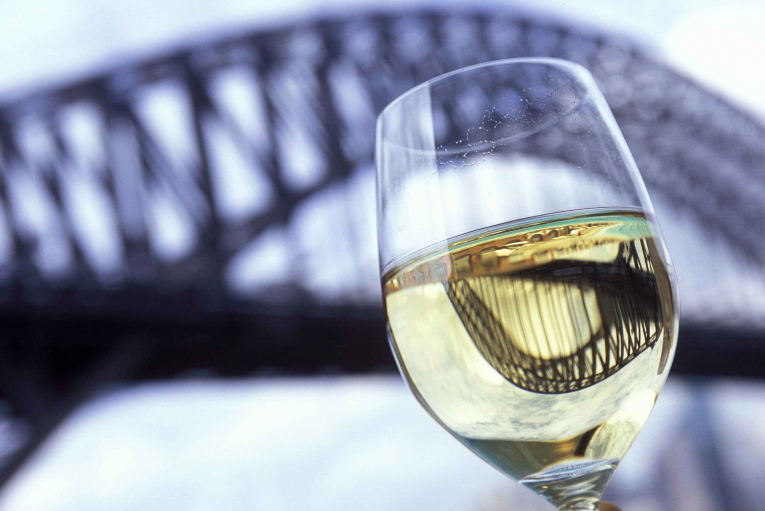 Sydney Harbour Relaxing 1.5-Hour High Tea Cruise