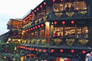 From Taipei: Private Scenic Tour to Jiufen, Yehliu & Pingxi