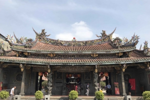 Taipei: Private Half-Day Tour by Car