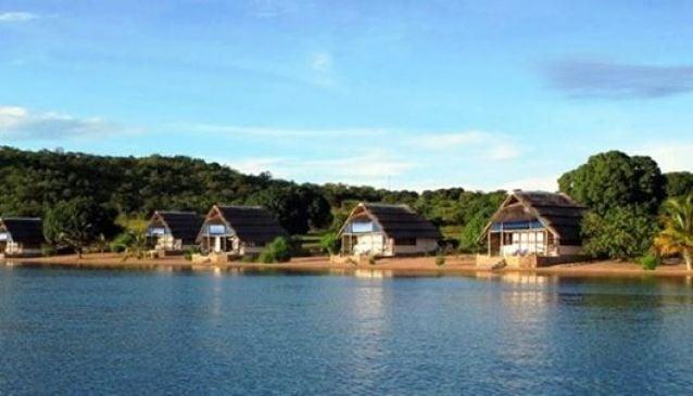 Lake Shore Lodge and Campsite