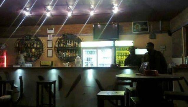 Mango Tree Bar and Lounge