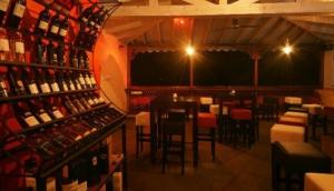 Tatu Pub, Restaurant and Whisky Bar