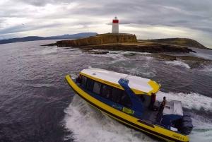 Hobart: 2.5-hour Iron Pot Lighthouse Cruise