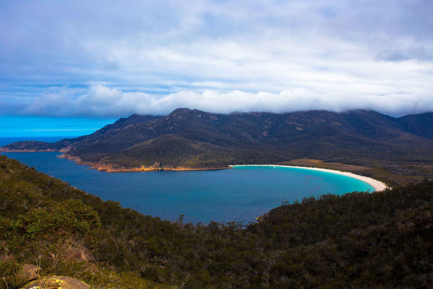 Private Wineglass Bay Extended Day Tour From Hobart