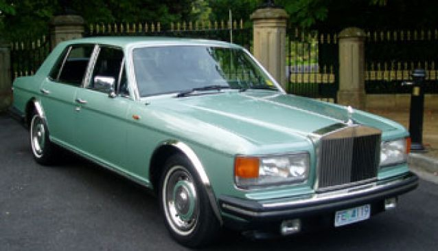 Rolls On Tour