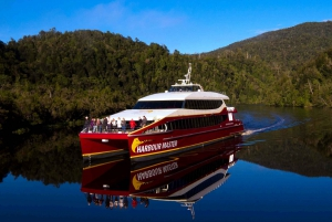 Strahan: World Heritage Cruise on Gordon River with Lunch