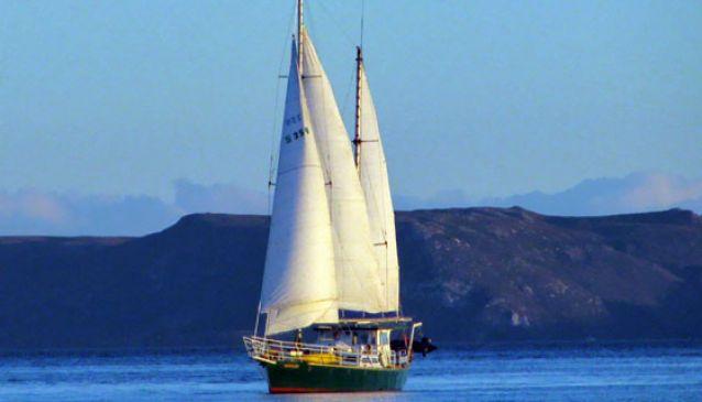 West Coast Yacht Charters