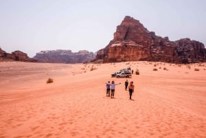Petra and Wadi Rum: 3-Day Guided Tour from Tel Aviv