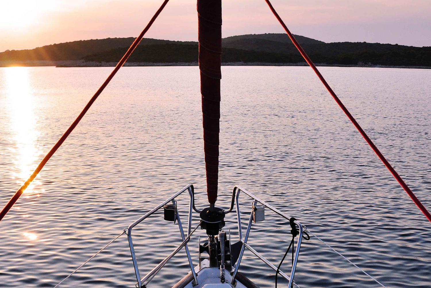 2–Hour Sunset Sail Boat Trip