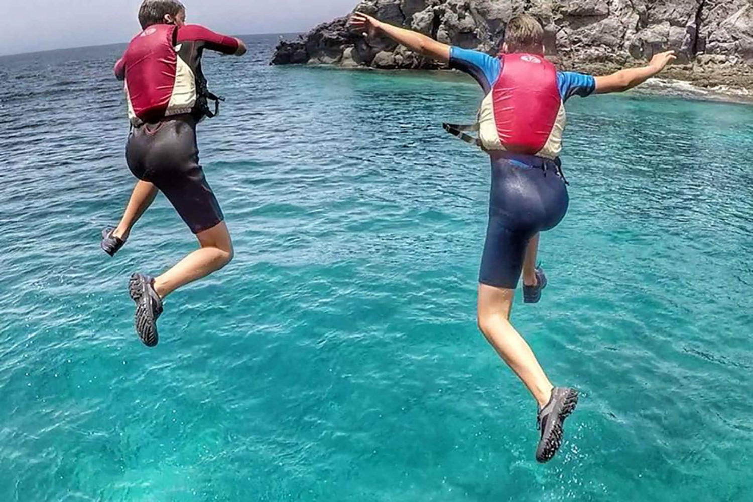 3-Hour Coasteering, Cliff Jumping and Snorkelling