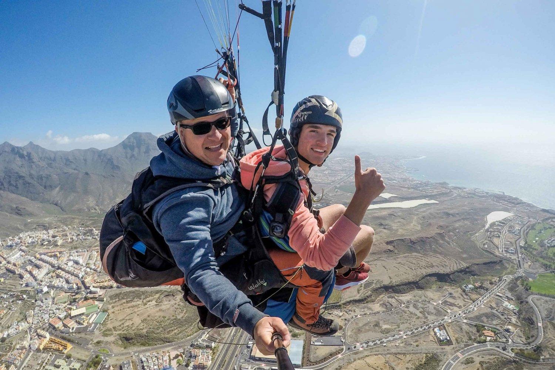 Adeje: Tandem Paragliding Flight