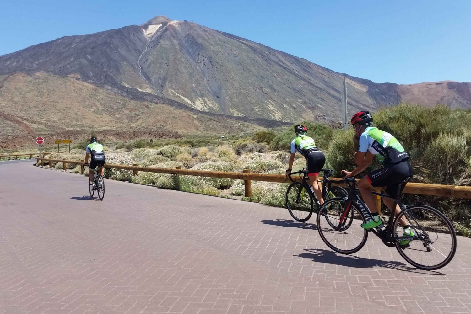 El Teide: Full-Day Road Cycling Route on Fridays
