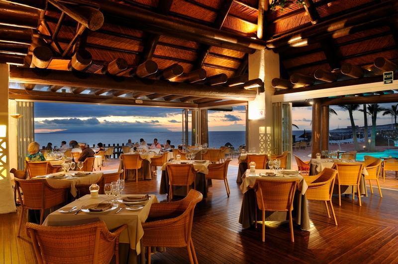 Las rocas restaurant in tenerife my guide tenerife for Las rocas tenerife