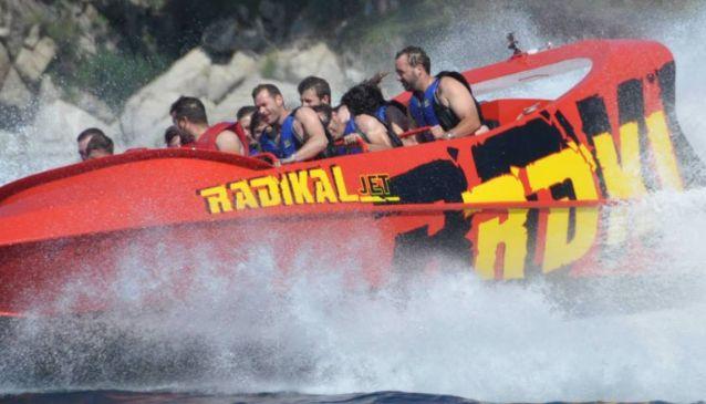 Radikal Jet Boat