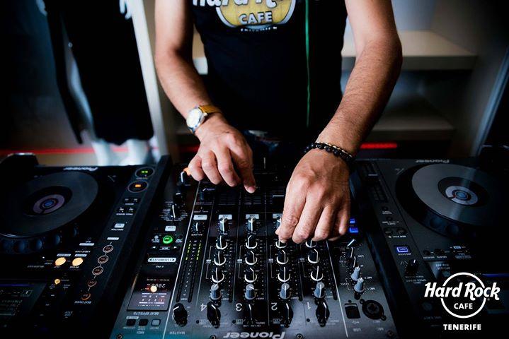 Steve Brazil + DJ Set