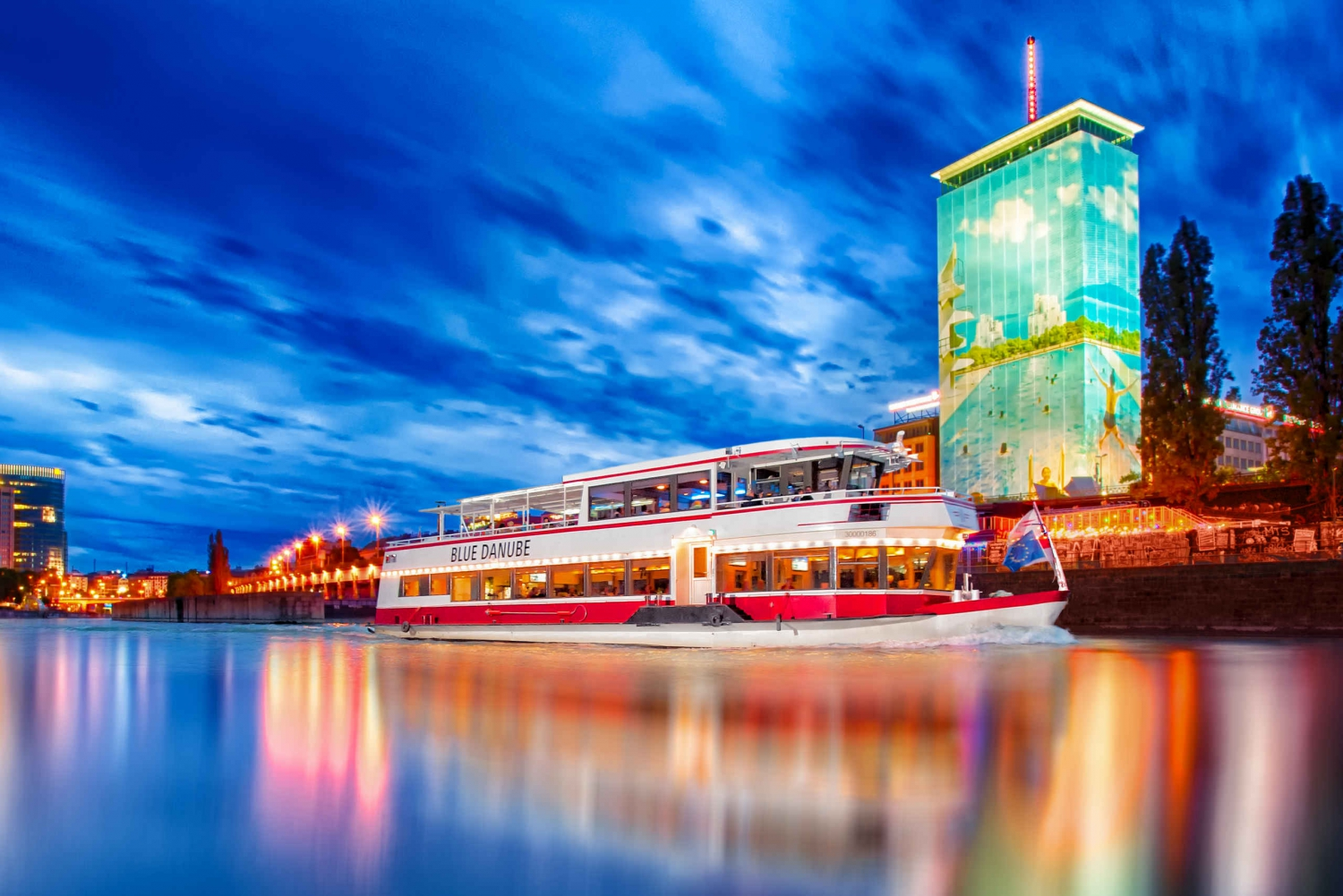 1-Hour Boat Tour on the Danube Canal