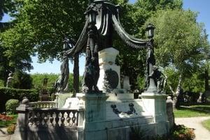 Guided Tour of Zentralfriedhof and Bestattungsmuseum