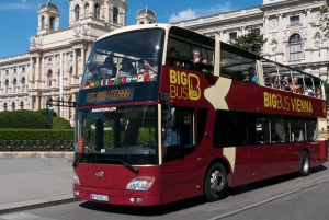 Hop-on, Hop-off Sightseeing Bus & Free WiFi