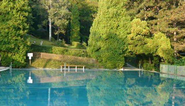 Neuwaldegger Bad - Neuwaldegger Pool