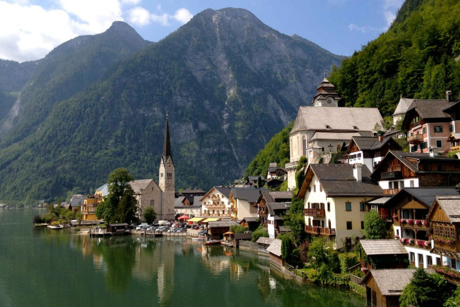 Private Day Trip to Hallstatt including Beautiful Alps