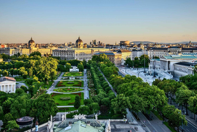 Private Vienna - Budapest Transfer