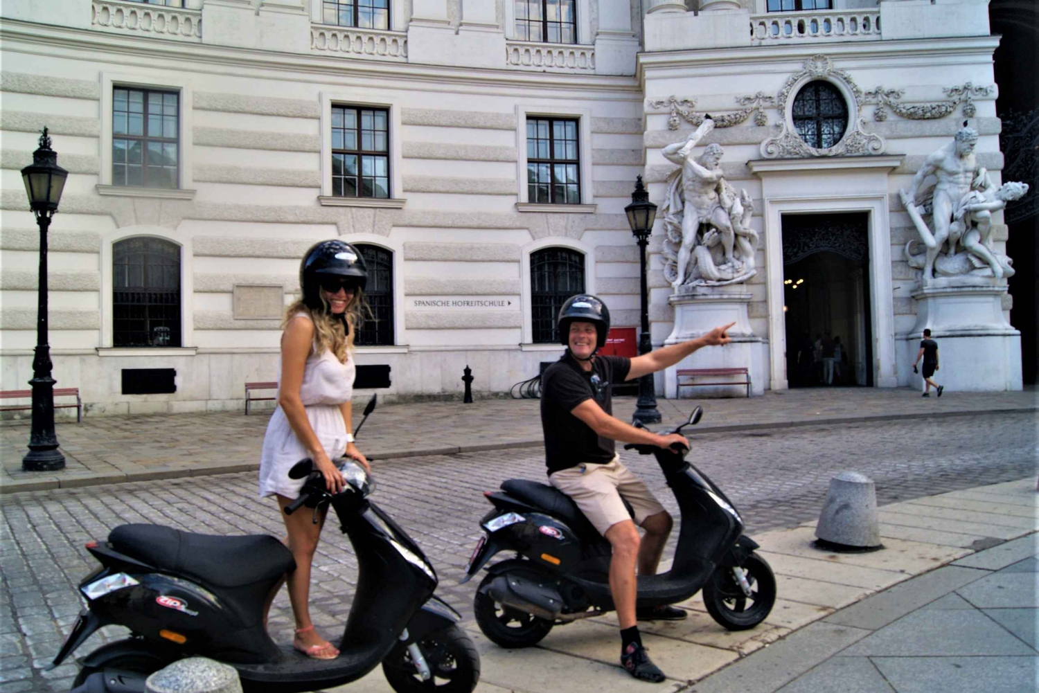 Sightseeing Scooter Tour