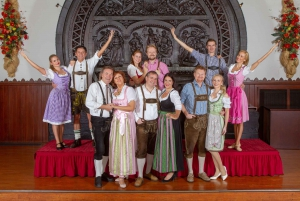 Traditional Dinner Show at the Wiener Rathauskeller