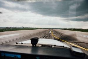 Vienna: 1-Hour Private Sightseeing Flight