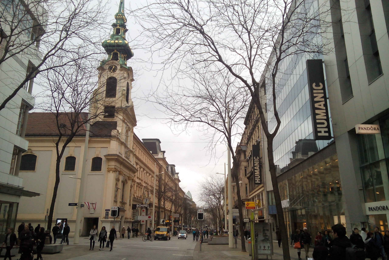 Vienna One-Day Bus Tour from Prague