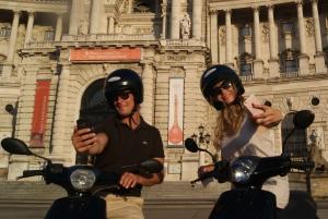 Vienna: Sightseeing Scooter Tour