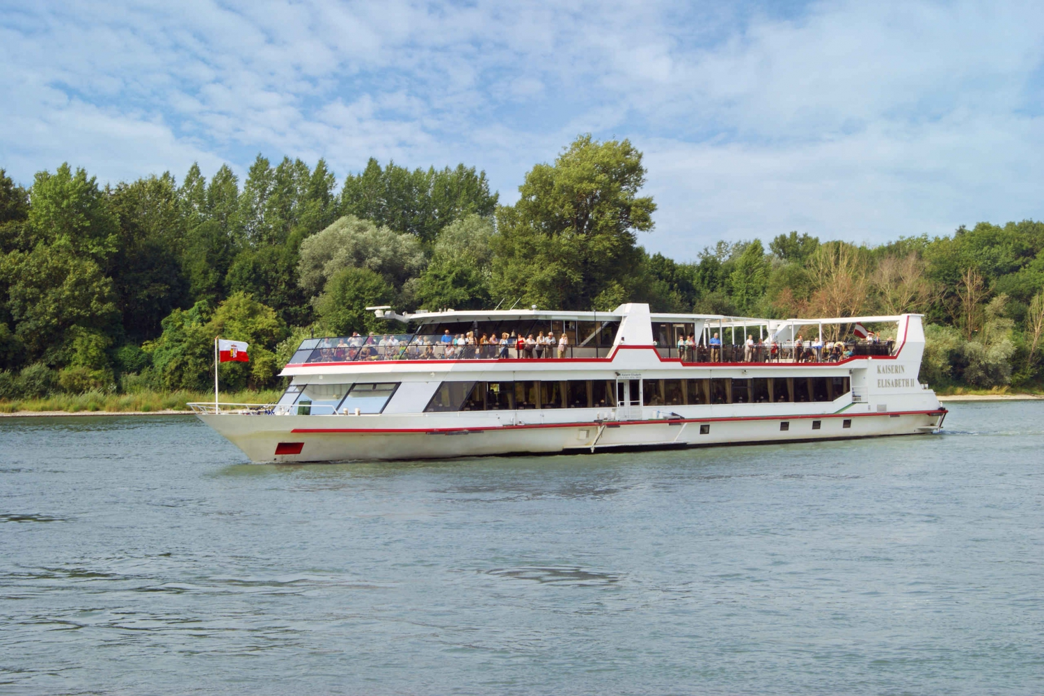 Vienna to Bratislava Full-Day Danube Boat Tour with Meals