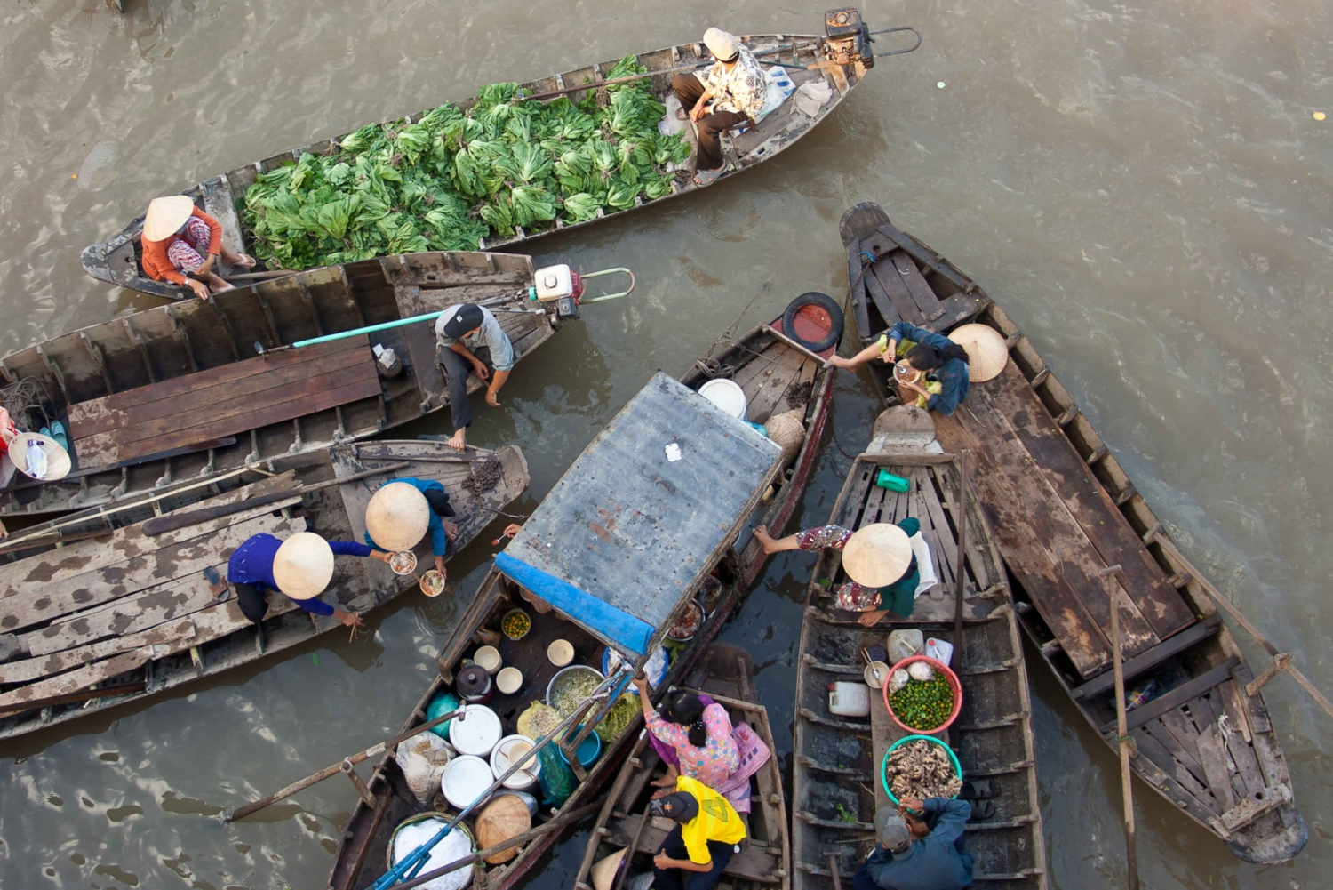 Cai Rang Floating Market and Mekong Delta 2-Day Tour