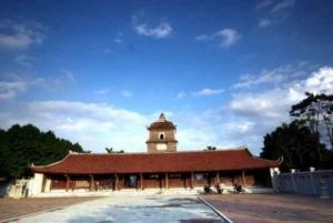 Dong Ho Village, But Thap & Dau Pagodas Full-Day Tour