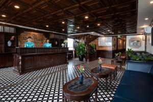 From Hanoi: 2-Day Lan Ha Bay 5-Star Cruise
