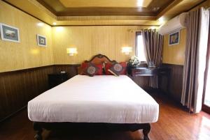 From Hanoi: 3-Day Bai Tu Long Bay Cruise
