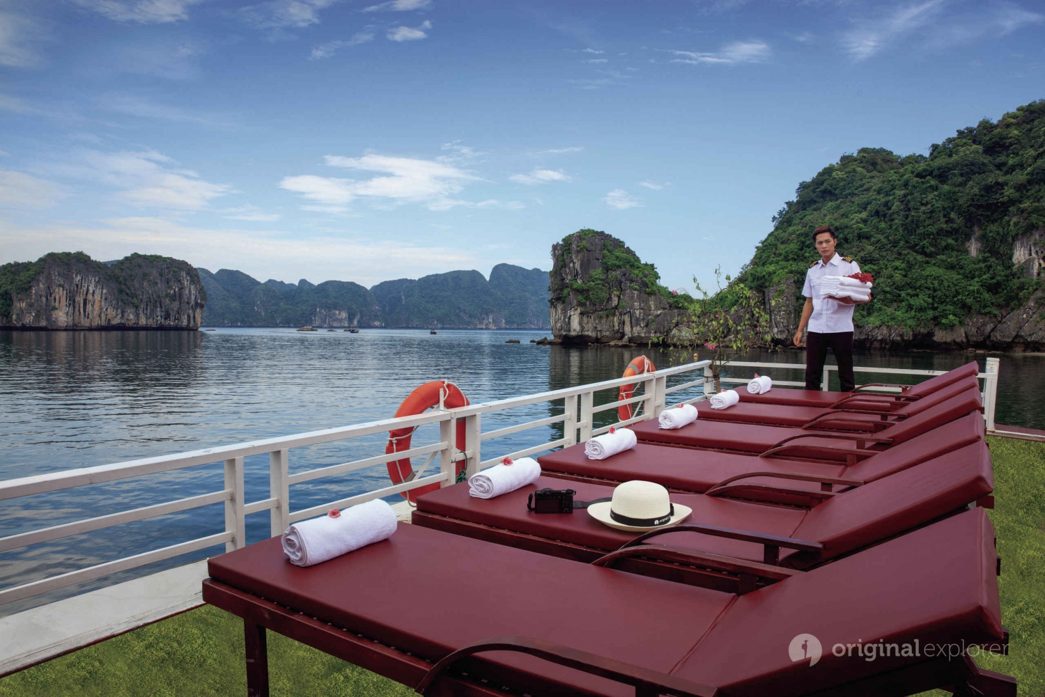 From Hanoi: Halong & Lan Ha Bay Luxury Estella 1-Day Cruise