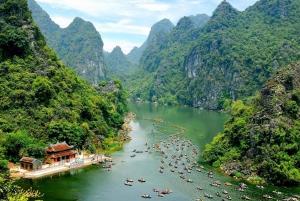From Hanoi: Hoa Lu, Trang An and Mua Cave Full-Day Tour