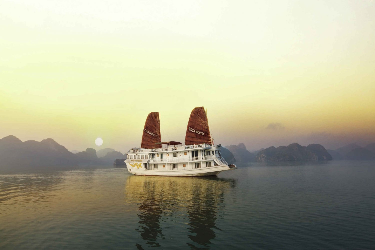 Halong Bay: 2-Day 1-Night 3-Star Rosa Cruise